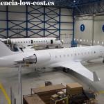 CRJ200 en mantenimiento