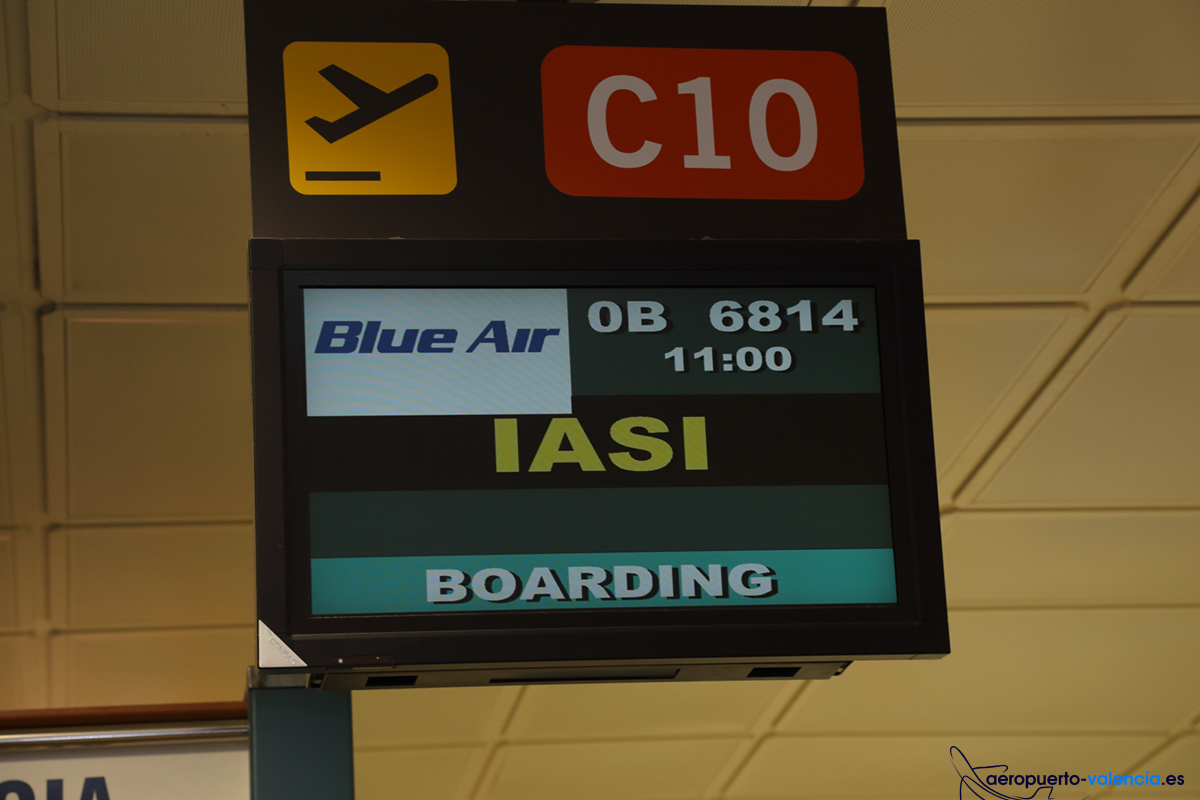 Blue_Air_Iasi04
