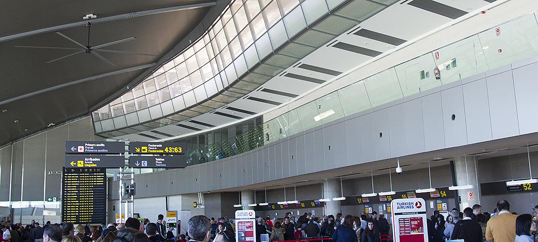 www.aeropuerto-valencia.es
